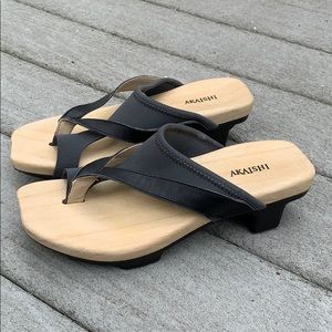 AKAISHI Japanese wood clog shoes - black/gray EUC